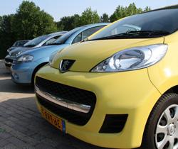 Verkoop van Peugeot en Citroën occasions en advies nieuwe auto's