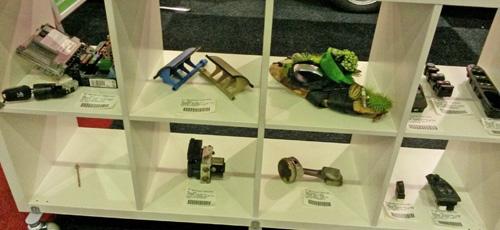 Enkele Citroen Peugeot onderdelen met een verhaal op onze AMT Live stand